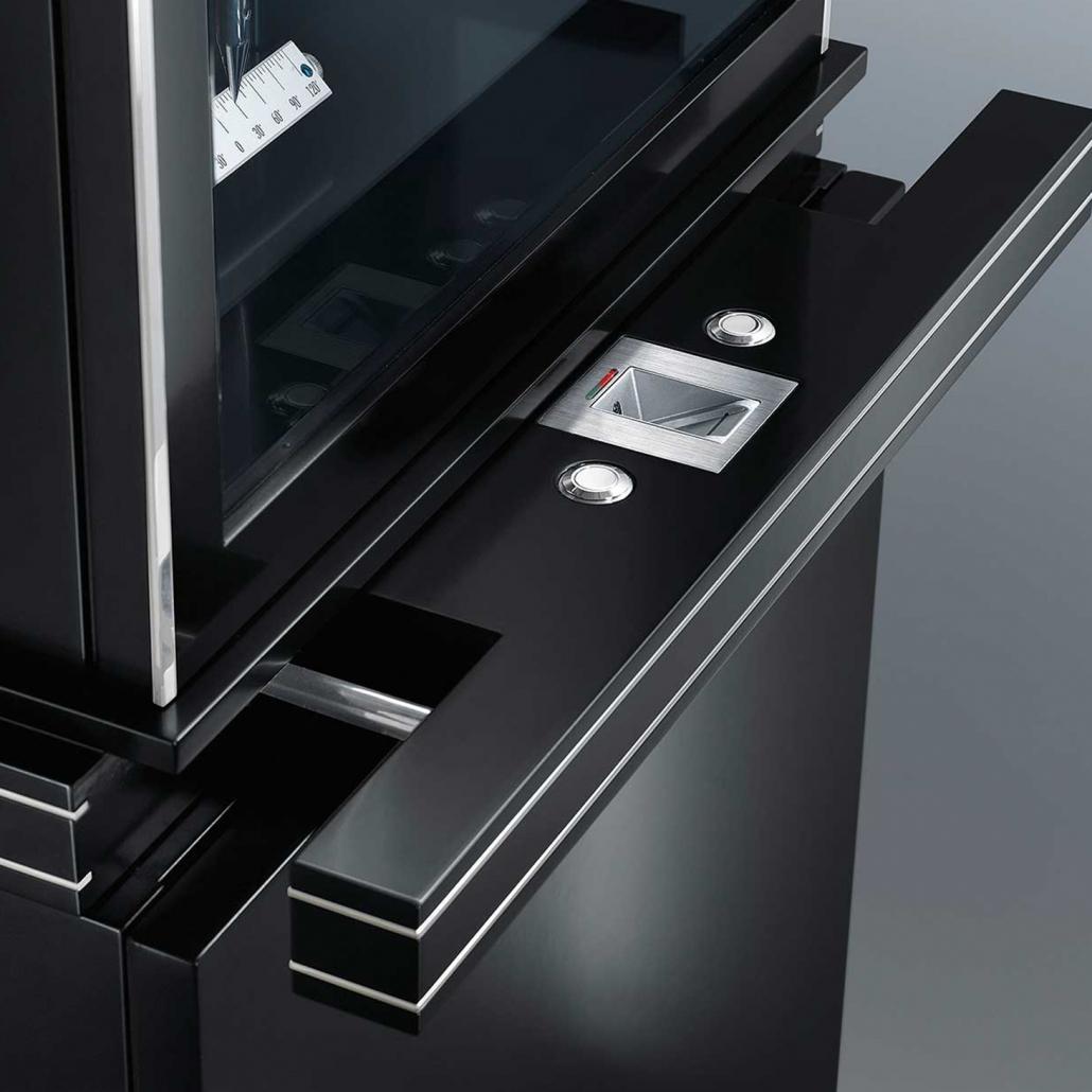Biometrische Authentisierung durch einen Fingerabdruckleser